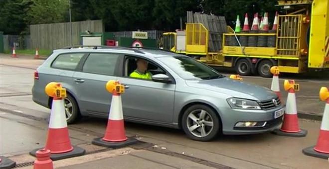 1501-unos-conos-de-trafico-que-avisan-cuando-cualquier-vehiculo-se-acerca-mas-de-la-cuenta