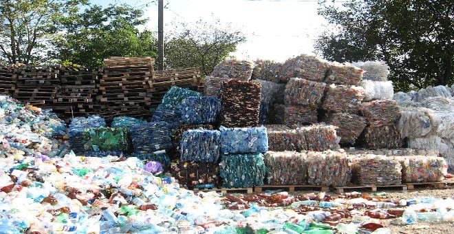 Residuos-plasticos-carreteras